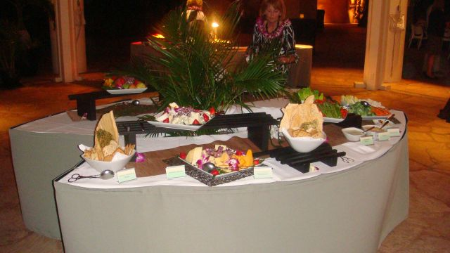 4-reception-food-table-1.jpg