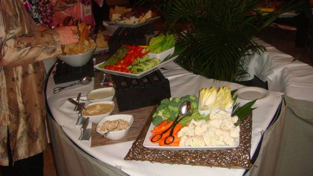 5-reception-food-table-2.jpg
