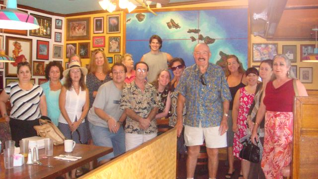 howard-konrad-and-his-team-on-maui.JPG